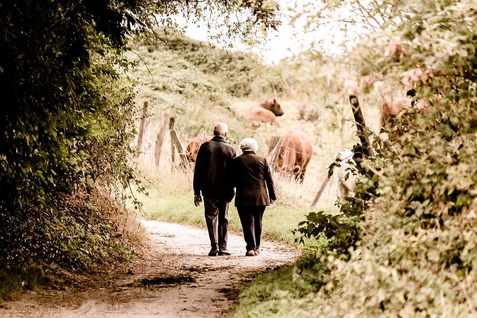Infarto e Sessualità: l'intimità di coppia dopo un infarto e il ruolo della consulenza sessuale con lo psicologo – sessuologo.